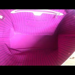 Louis Vuitton Bags - Authentic Louis Vuitton Neverfull GM Pink pivone